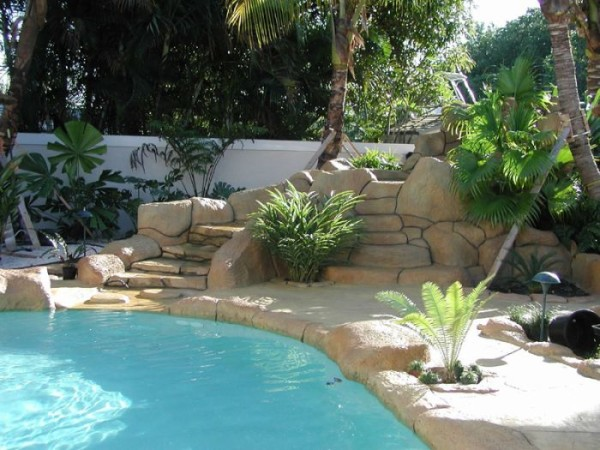 Sammet Pools is a South Florida Pool Contractor and Designer
